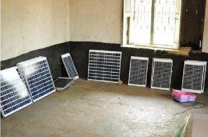Solar Panels 35 W-10 units & 70 W-6 units with Stands units